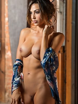 Playmate Miss October 2015